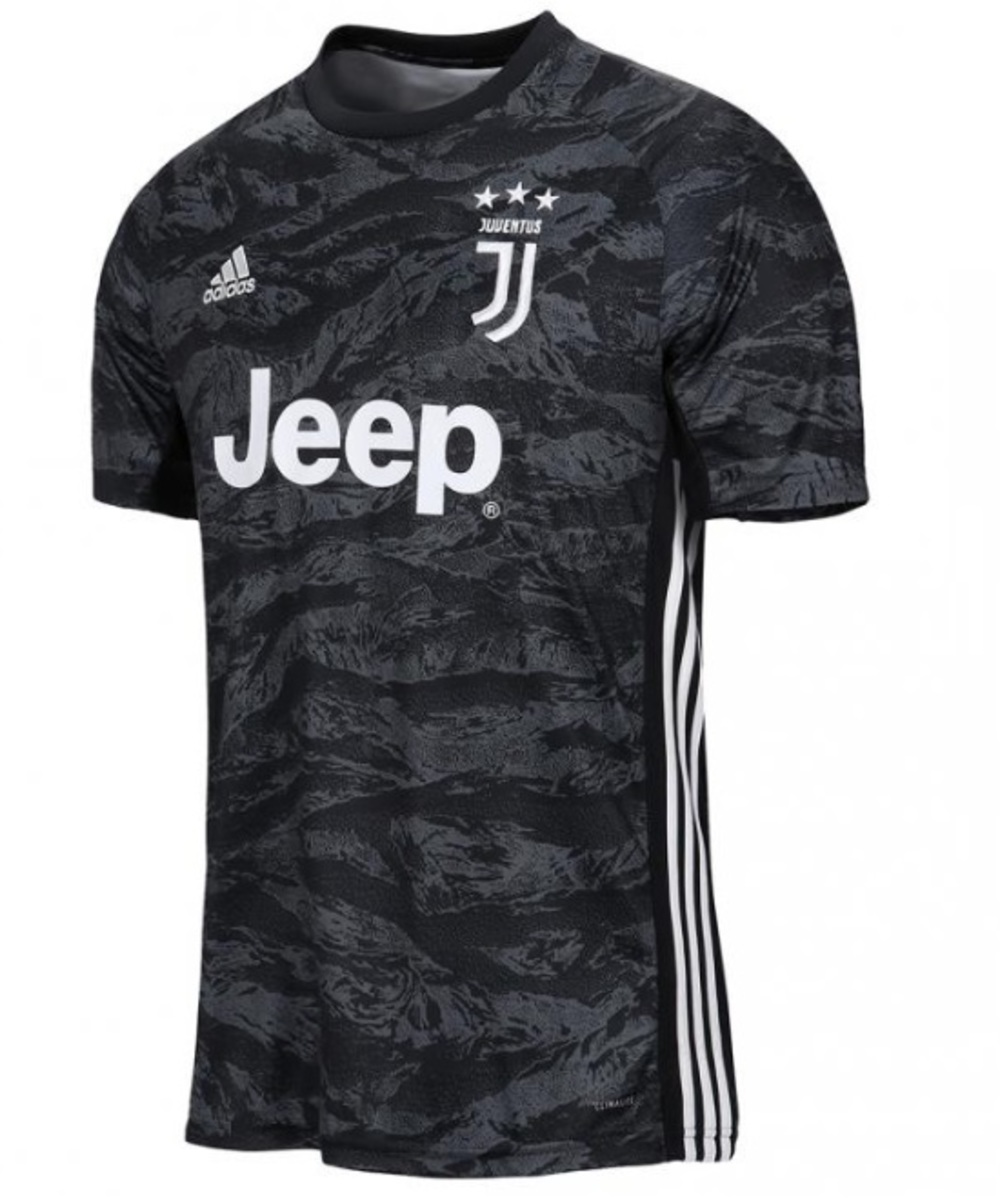 Juventus shirt first team goalkeeper with name and number