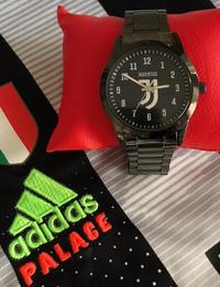 Juventus watch with an innovative design and distinctive.